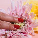 Niezbędne akcesoria do pielęgnacji paznokci – must have każdej kobiety