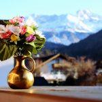 Kwiaty sztuczne – dlaczego warto się na nie zdecydować?