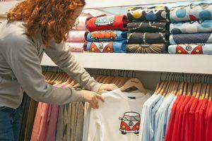 Bluzy z nadrukiem - gdzie kupić?
