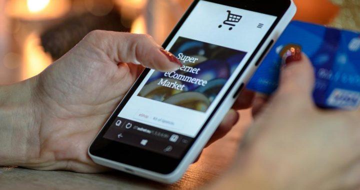 Jak otworzyć sklep internetowy z ubraniami